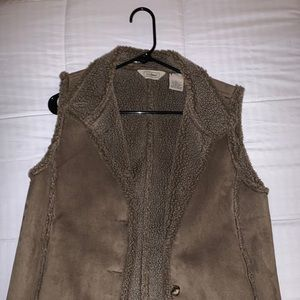 L.L Bean,brown fur vest with suede top and buttons